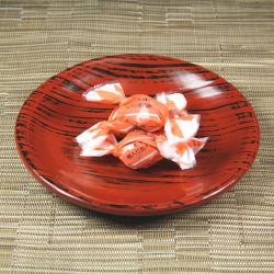 紀州産の梅肉で一層おいしい 梅入り昆布あめ[イメージ]